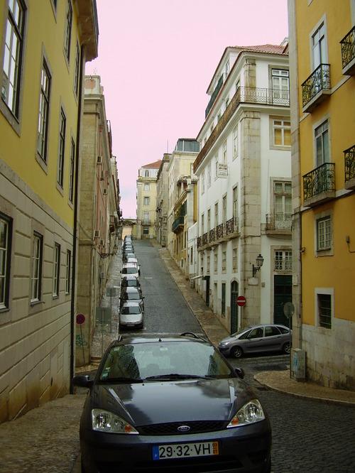 Sidestreet in Lisbone